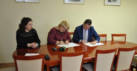 Podpisanie umowy patronackiej z Liceum Ogólnokształcącym w Szczecińskiej Szkole Florystycznej w Szczecinie