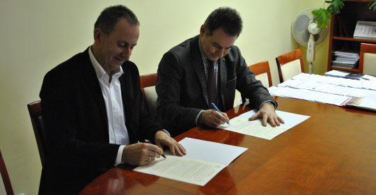 Podpisanie umowy patronackiej z II Liceum Ogólnokształcącym w Zespole Szkół Ogólnokształcących w Nowogardzie