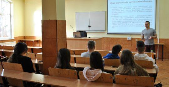Spotkanie z uczniami LO w Chojnie – Podstawy Prawa (5)