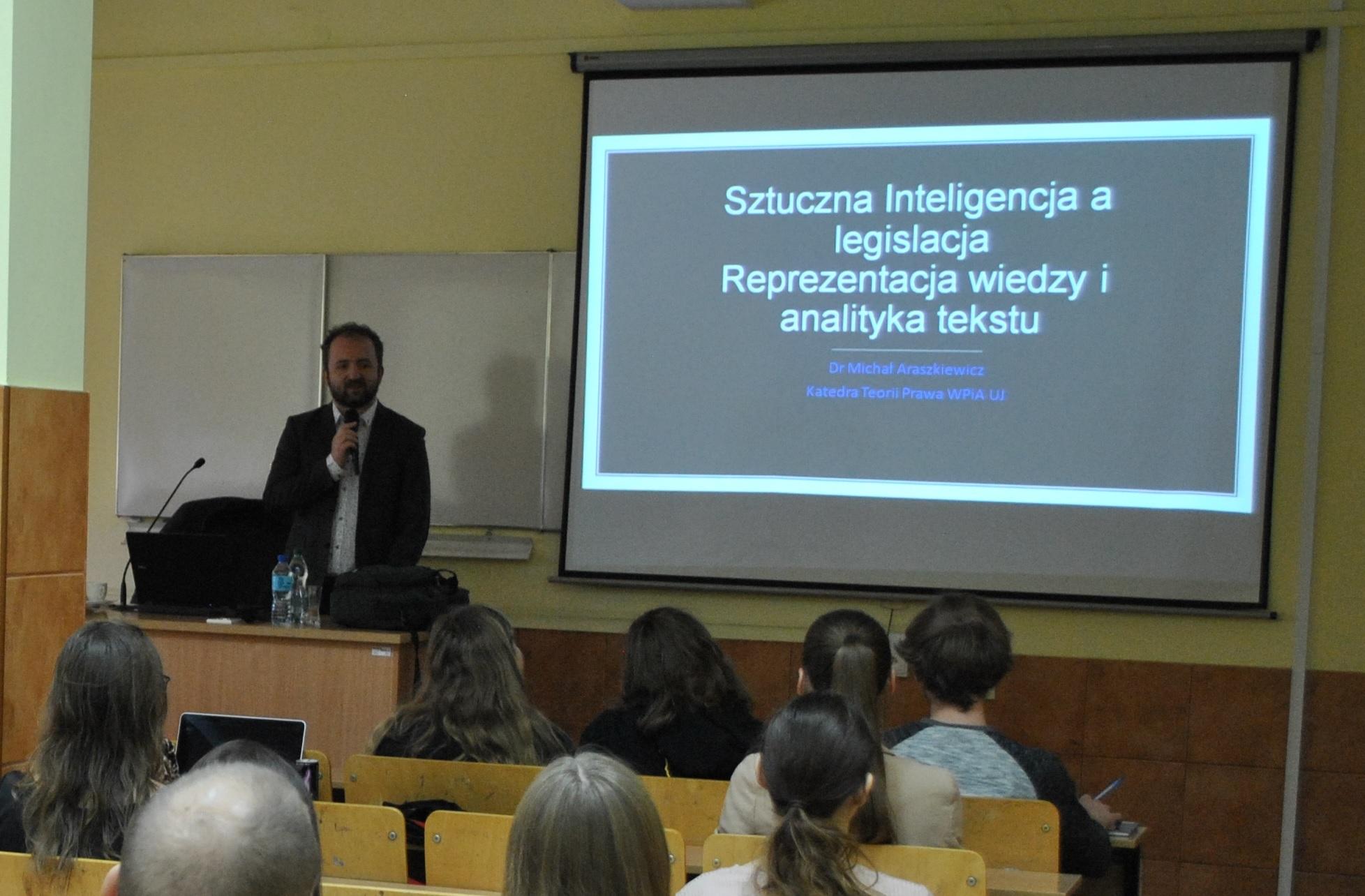 Sztuczna inteligencja a legislacja. Reprezentacja wiedzy i analityka tekstu – Wykład dra M. Araszkiewicza (Uniwersytet Jagielloński)