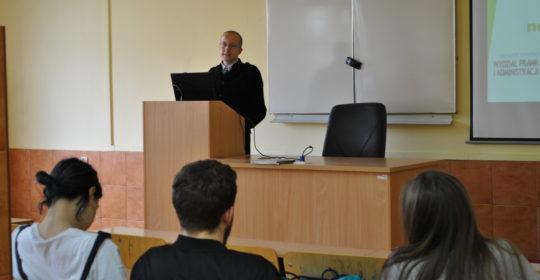 Wykład dra Radosława Zycha dla uczniów XI LO w Szczecinie