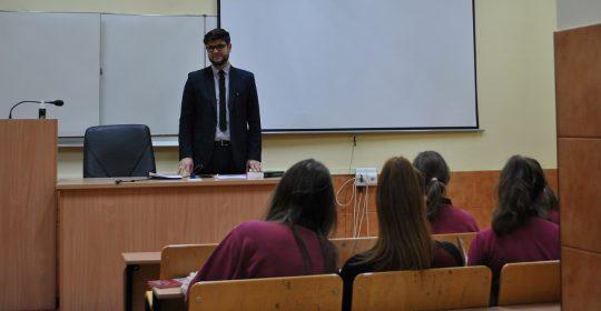 """Spotkanie z uczniami XIII LO w Szczecinie – """"Ochrona konsumenta we współczesnym obrocie"""""""